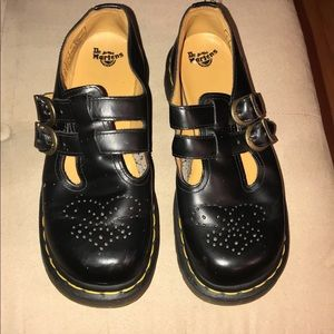 Dr. Martens Mary Jane casual shoes 🖤